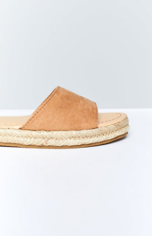 Therapy Dauphin Sandals Camel Suede