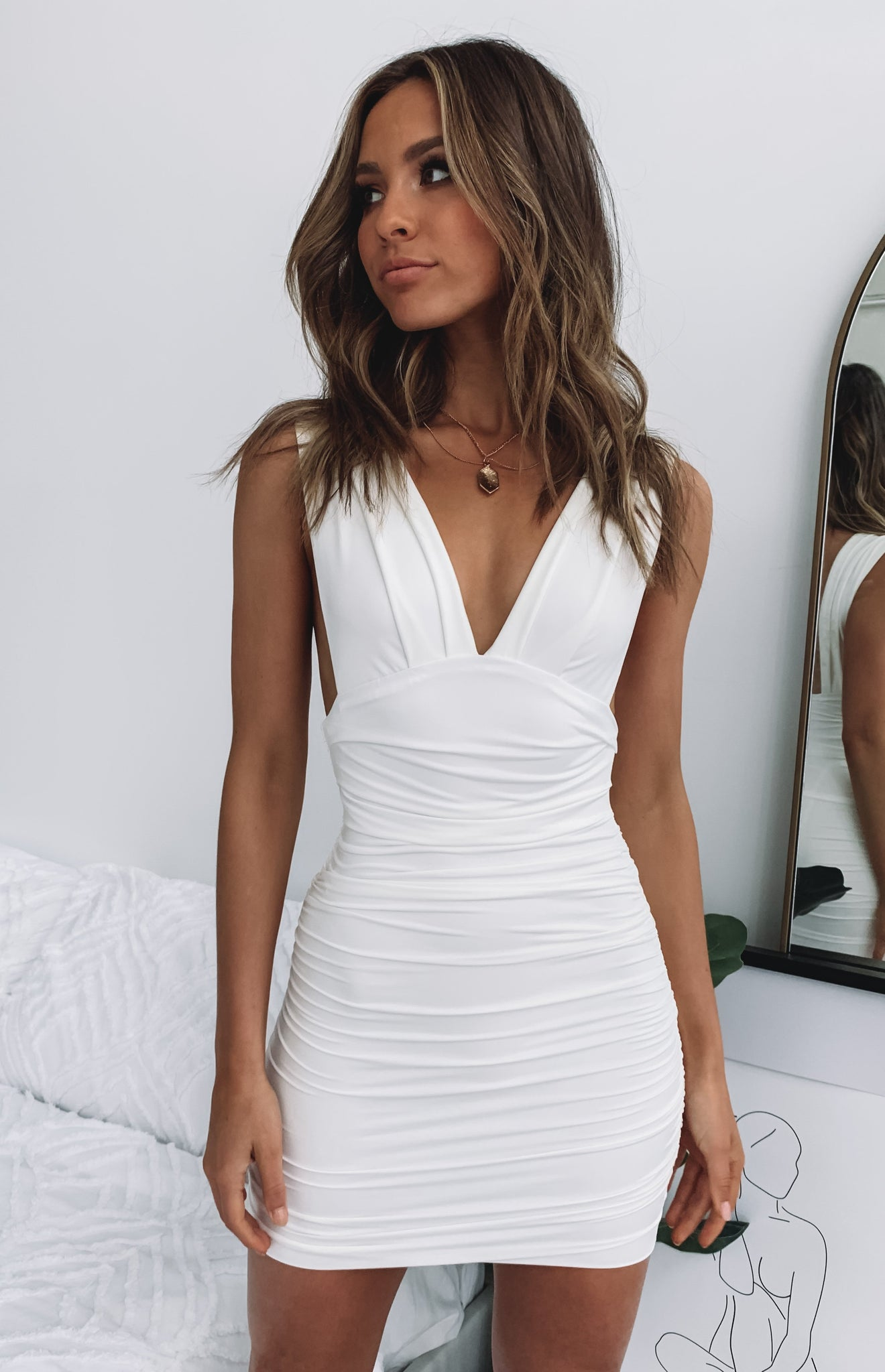 https://files.beginningboutique.com.au/Verity+Dress+White.mp4
