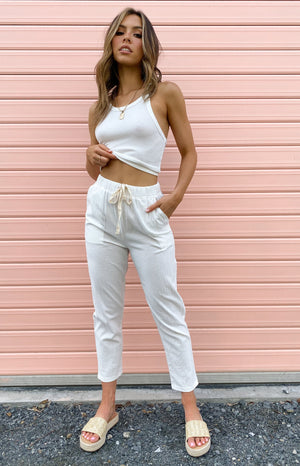 https://files.beginningboutique.com.au/Wynne+Pants+White.mp4