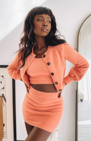https://files.beginningboutique.com.au/20200525-Apollo+Knit+Cardi+Peach.mp4