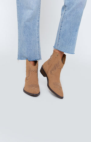 Therapy Bayou Boots Camel