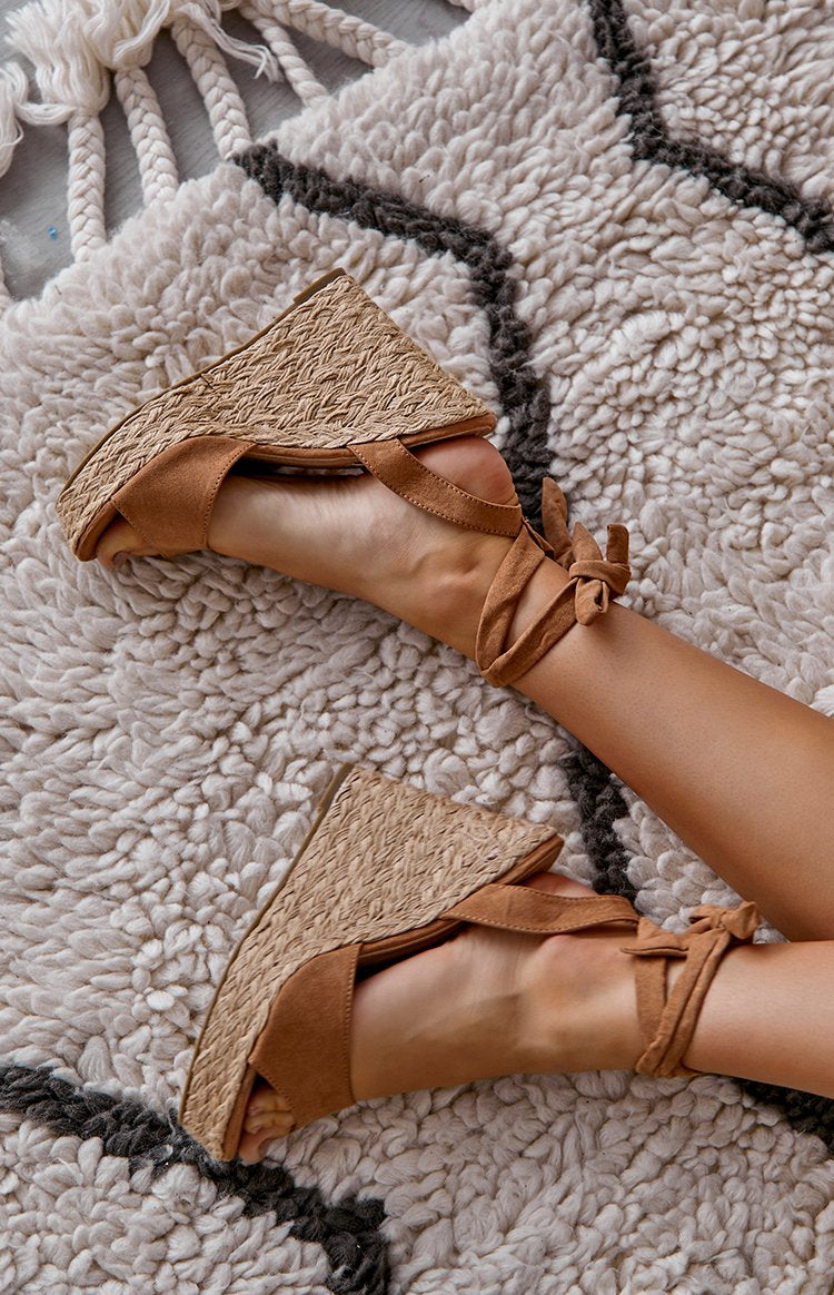 Billini Skyros Wedge Tan