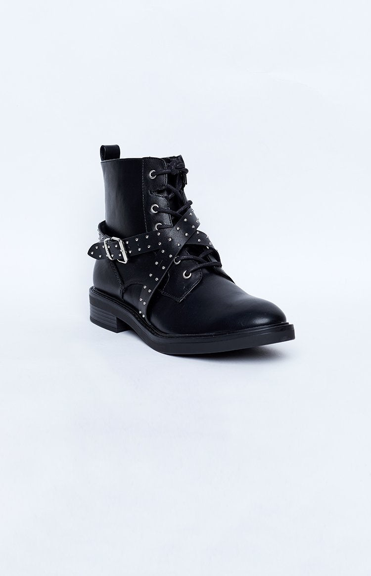 Therapy Burroughs Stud Boot Black