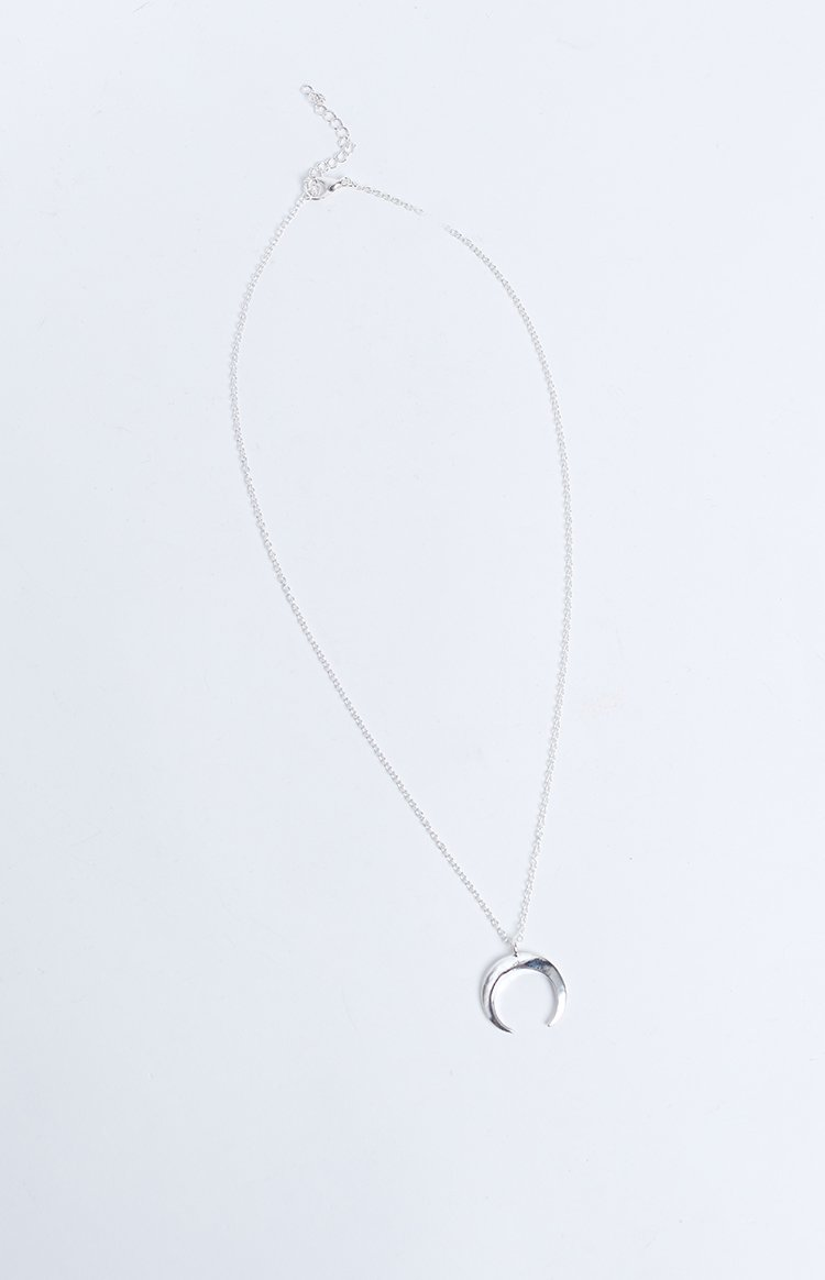 Eclat Crescent Ending Necklace Silver
