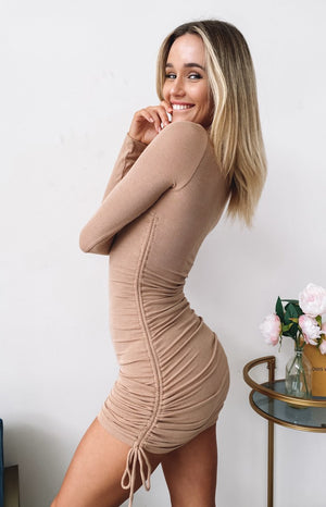 https://files.beginningboutique.com.au/2020-0424-she's+all+that+long+sleeve+dress+tan.mp4