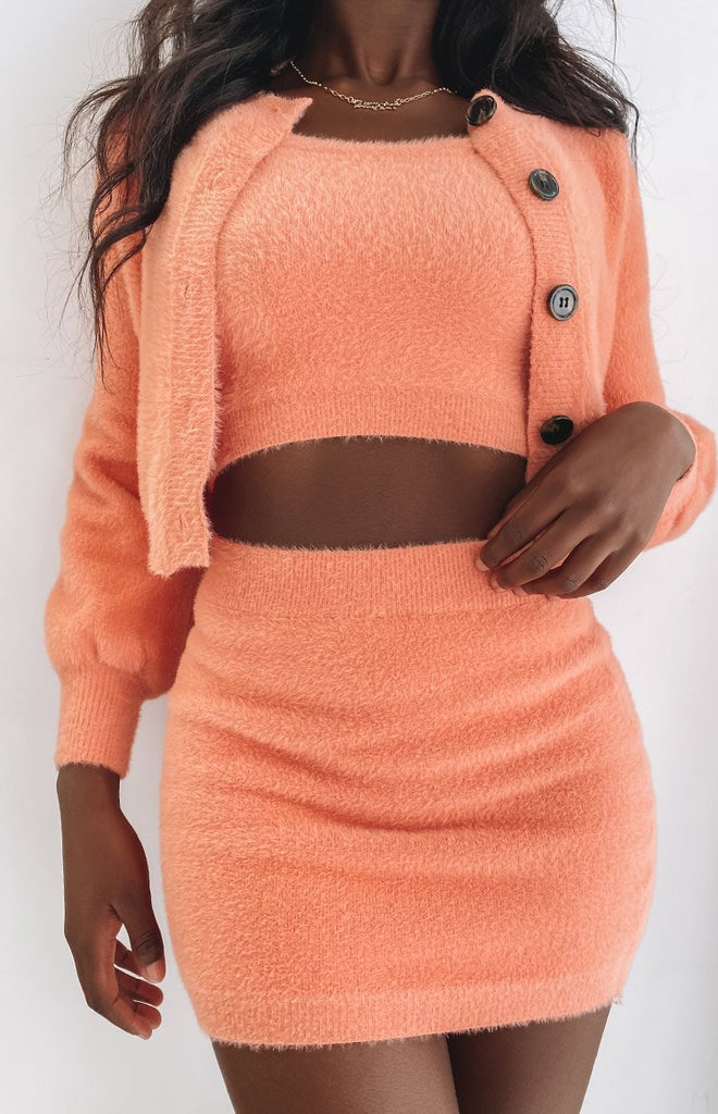 Space Jam Fluffy Skirt Peach 15