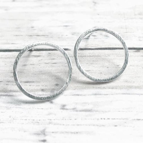 Brushed Circle Stud, silver