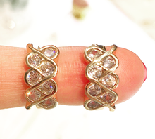 Load image into Gallery viewer, Duchess Earrings