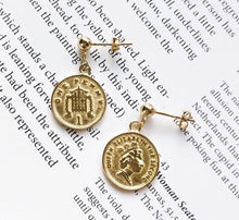 Load image into Gallery viewer, Elizabeth II Earrings