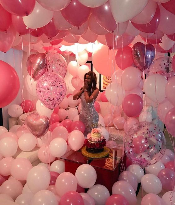 Fill room With Balloons