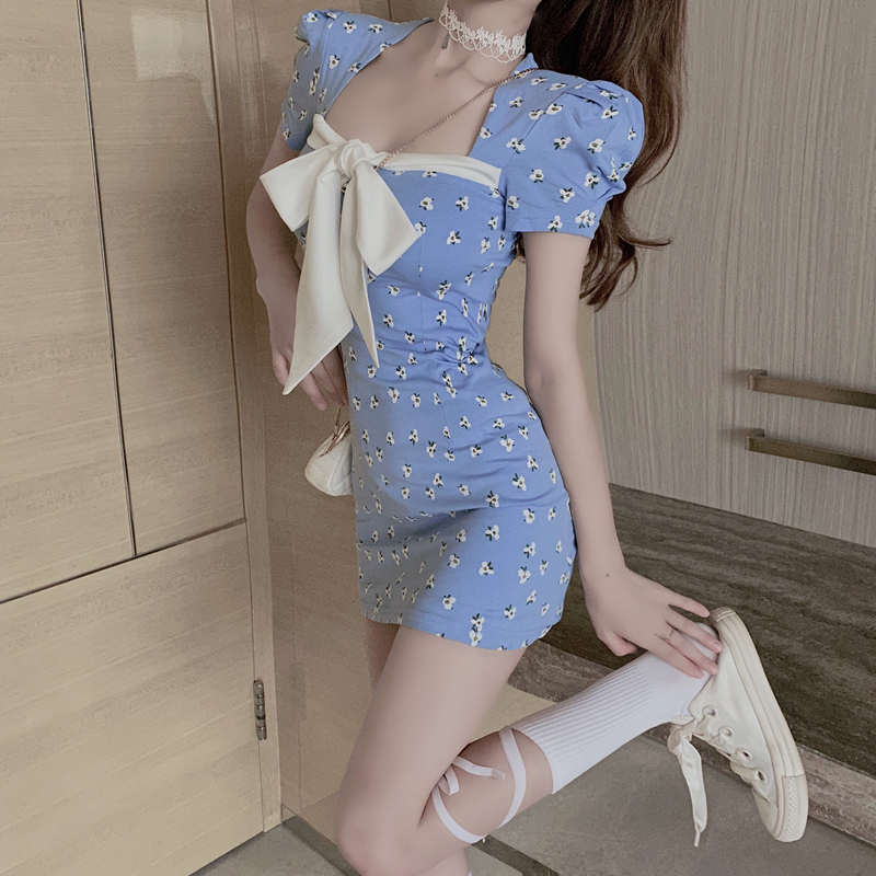 Summer 2020 new bow square collar bubble sleeve skirt