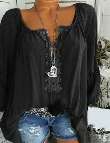 Daily Plus Size Blouse - Geometric Lace