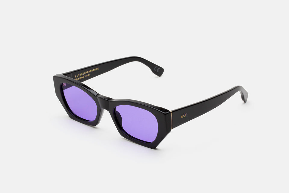 Amata Black Purple