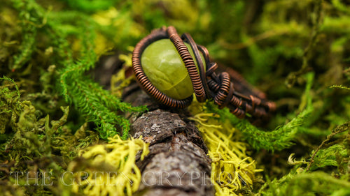 Senja Ring - The Green Gryphon