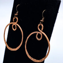 Load image into Gallery viewer, Lygia Earrings