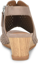 Load image into Gallery viewer, Comfortiva Women's Skylyn Casual Wedge Sandal