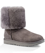 Load image into Gallery viewer, UGG WOMEN'S CLASSIC II TALL GRAY SHEEPSKIN
