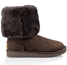 Load image into Gallery viewer, UGG WOMEN'S CLASSIC II TALL CHOCOLATE SHEEPSKIN