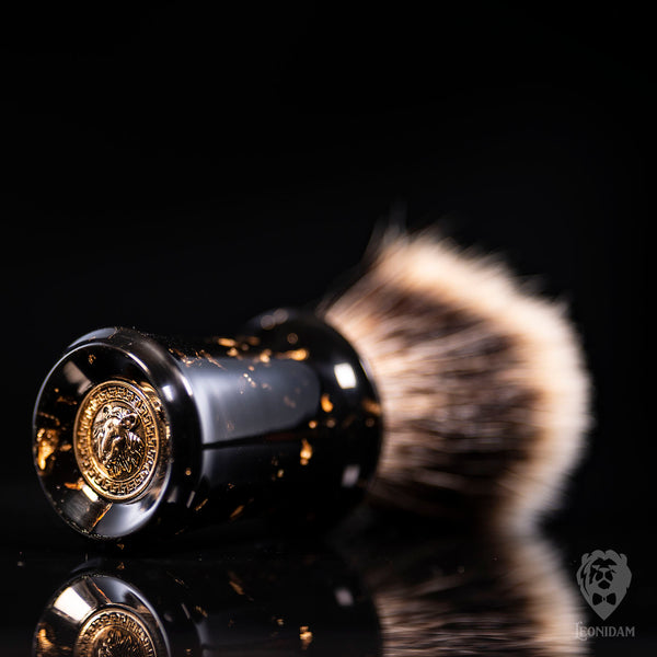 "Handmade Shaving Brush ""Cassius"" in polished black resin with gold flakes"