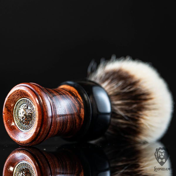 "Wooden Shaving Brush ""Venator"" in stabilized zebrano and dark resin"