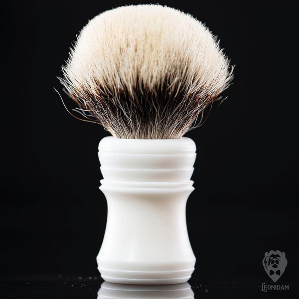 "Handmade shaving brush ""Fujisan"", with matte white hand poured resin handle."