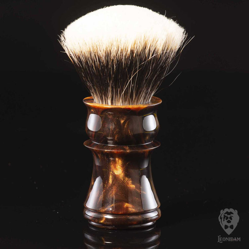 "Handmade Shaving Brush ""Sultan"" in polished reddish brown and gold resin"