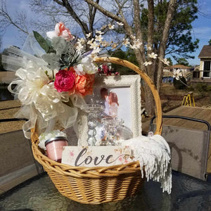 Gift Baskets - Customized Wedding