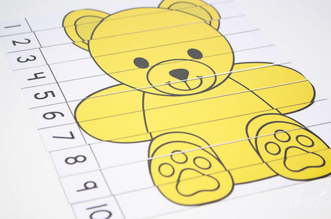 Puzzles for counting to 5 and 10 are included in this rainbow bear printable pack.