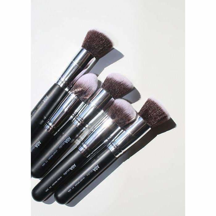 10-Piece Hi-Def Brush Set + Brush Roll - Cosmetics