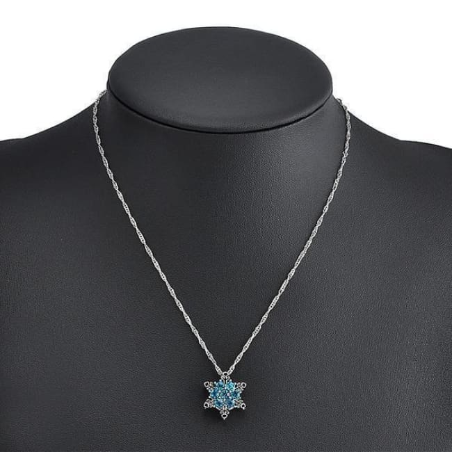 Charm Crystal Blue Snowflake Necklace
