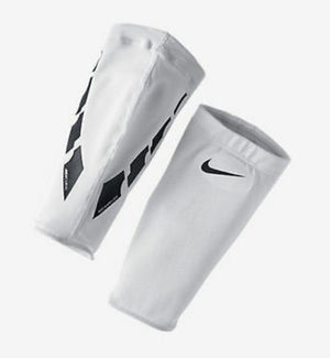 Nike Adult Unisex Competitive Guard Lock Elite Sleeves