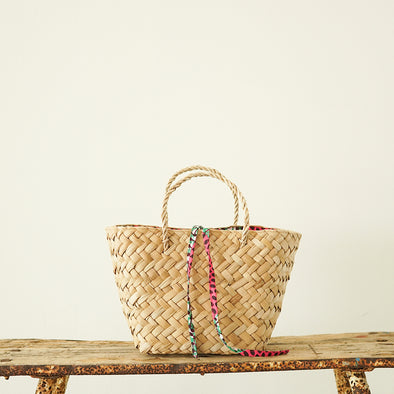 バングクアンミニバック Bangkuan mini basket. With batik design lining