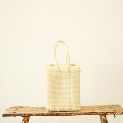 Mercado vertical shape bag
