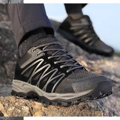 Men's Outdoor Camping Hiking Shoes Trekking Walking Non-slip and Breathable Sneakers