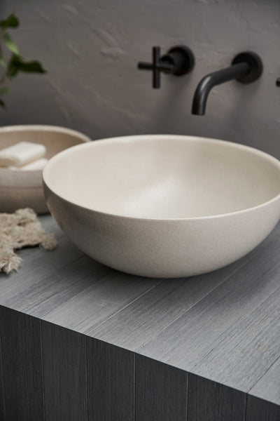 CLAY 340-DISH HAND BASIN/POPPYSEED