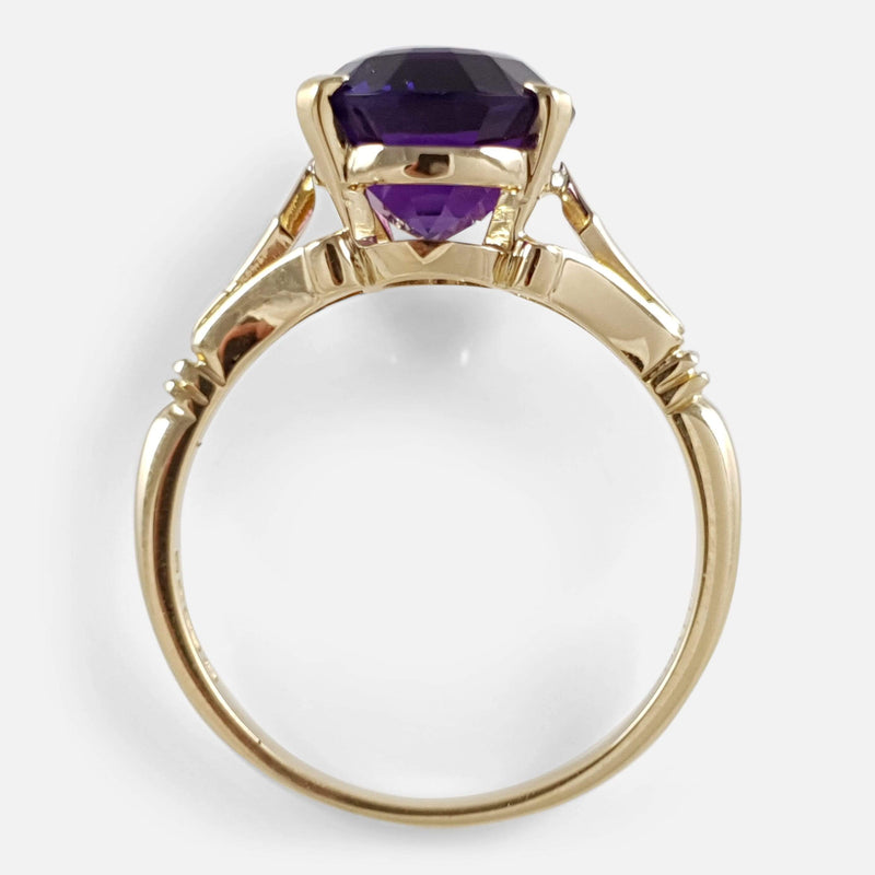 18ct Gold 4.20ct Amethyst Solitaire Ring - Argentum Antiques & Collectables