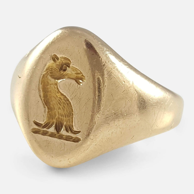 18ct Yellow Gold Intaglio Signet Seal Ring viewed from the right side