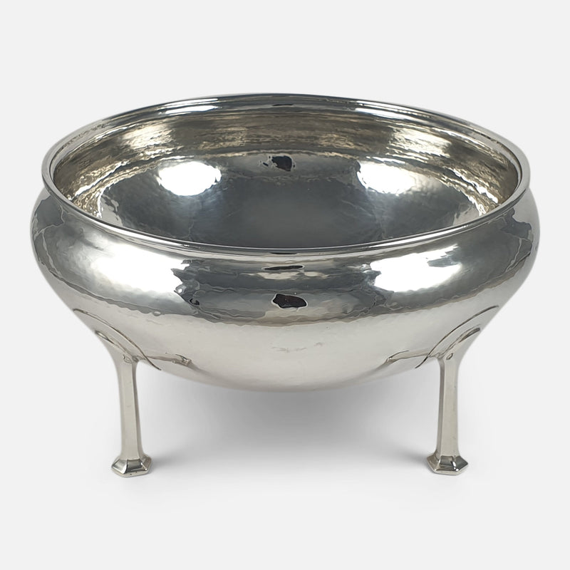 Arts and Crafts Sterling Silver Bowl, A. E. Jones, Birmingham, 1912 viewed from the front
