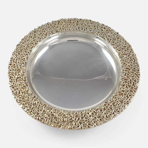 a birds eye view of the Stuart Devlin silver gilt dish