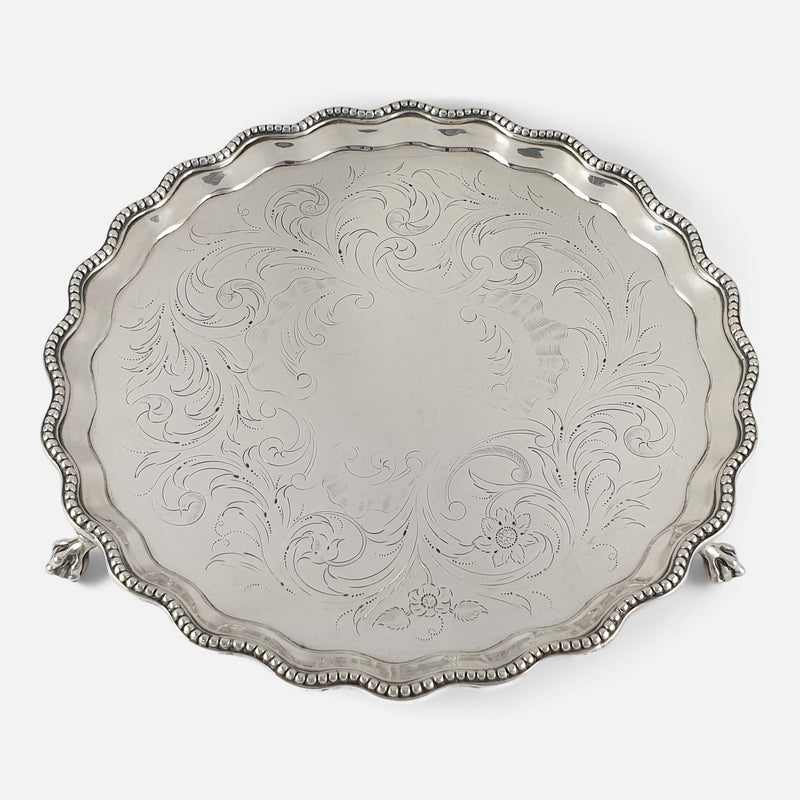 a view of the salver displaying the decoration