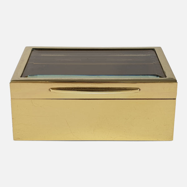 Sterling Silver-Gilt Mounted Glass Trinket Box, Goldsmiths and Silversmiths, 1910 viewed from the front