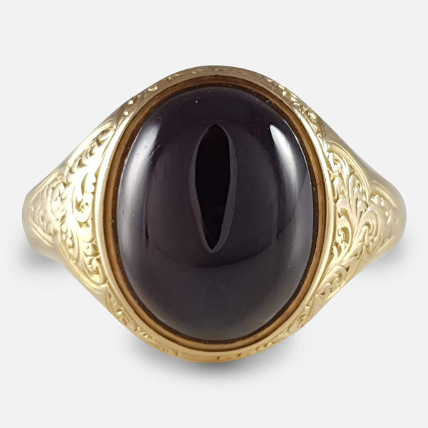 Victorian Scroll Engraved Gold Garnet Cabochon Ring - Argentum Antiques & Collectables