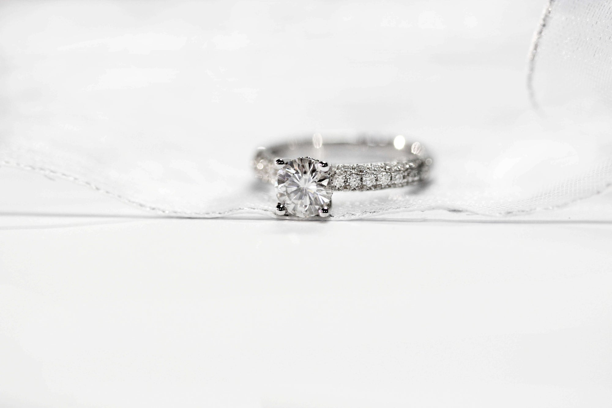 How to keep your Moissanite engagement ring clean