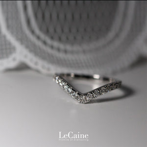 Nisnas 18K White Gold Matching Stacking Wedding Rings in V Shape and Channel Set Men's Ring - LeCaine Gems