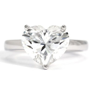 Celine Heart Moissanite Solitaire 18K Gold Ring - Lecaine Gems Moissanite