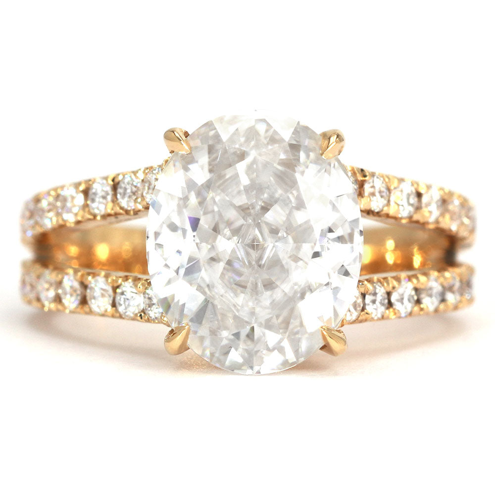 Ready Made | Jasmine Crushed Ice Oval Moissanite Split Shank Ring - Lecaine Gems Moissanite
