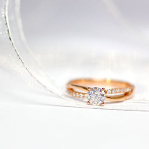 Ready-Made | Nisha 1 Carat Moissanite Split-Shank in 18K Rose Gold | Sizes HK 10 - HK 12 - LeCaine Gems