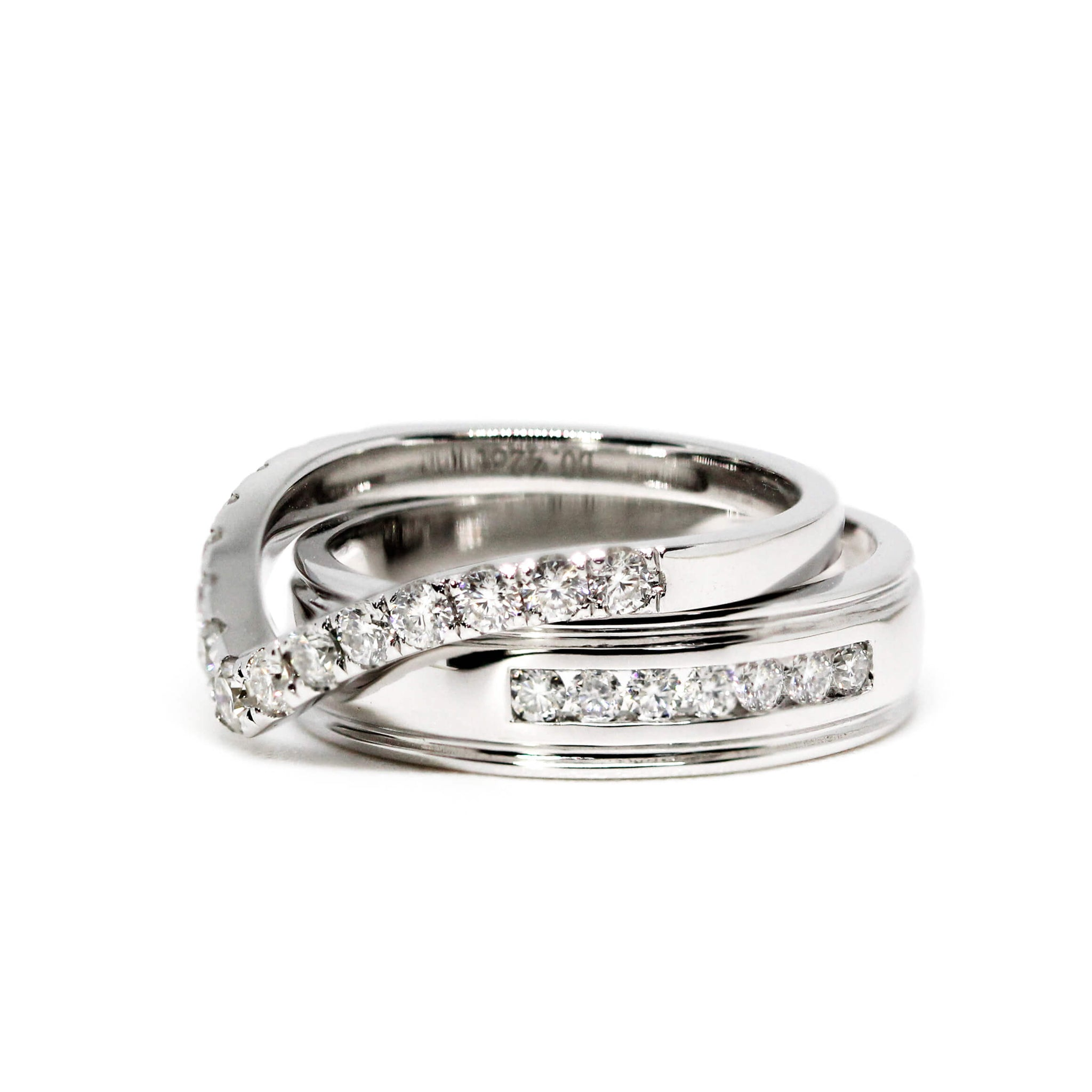 Nisnas 18K White Gold Matching Stacking Wedding Rings in V Shape and Channel Set Men's Ring