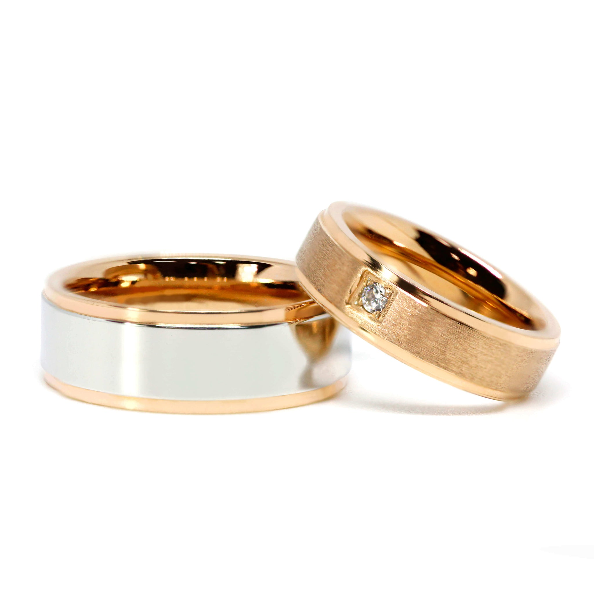 18K Dual Gold Matching Wedding Rings with Moissanite
