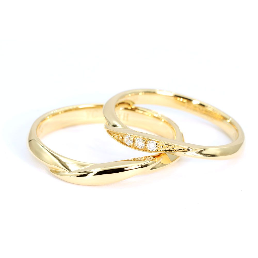 Yumiko Wedding Bands in Yellow Gold - Lecaine Gems Moissanite